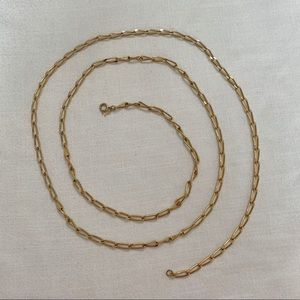 Extra long Vintage gold necklace. Good condition